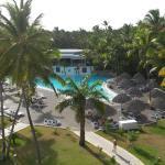 Vista desde mi habitación en el tercer piso se puede ver el Budas Bar que está sobre la piscina.