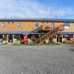 Beluga Lookout Lodge & RV Park