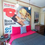 Deluxe room featuring Rock Hudson, one of the great movie stars of the 1950s