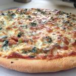 Jino's East pizzaria