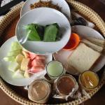 Breakfast Set A (Malaysian Set)