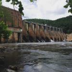 Falls dam
