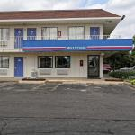 6 號汽車旅館 - 西克里夫蘭 - 洛蘭 - 阿默斯特