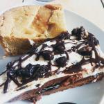 Brookie et gâteau Oreo... En tant que grosse gourmande, lieu de bonheur !