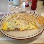 steak omelet with hashbrowns