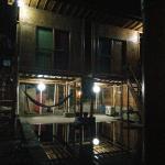 Pool und Zwei Zimmer