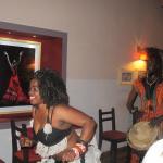 noche africana en el TIERRA Y MAR