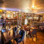 Photo of Hudson's - Metropolitan Bar & Dining