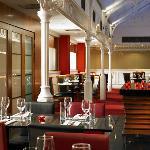 صورة فوتوغرافية لـ Source Grill Restaurant