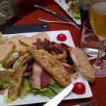 Salade périgourdine du menu