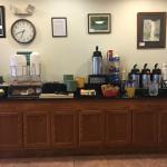 Breakfast - Juice, coffee, Breads