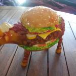 hamburger gros comme une vache