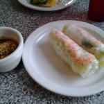 Spring rolls with shrimp and peanut sauce