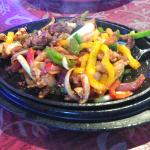 Combo Fajitas (Steak & Chicken)