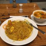 Singapore noodles and the Thai coco soup. Very good!