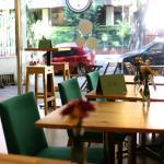 The cupcake cafe