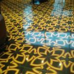 Pisos con reminiscencias de las baldosas de principios SXX