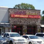 Sonny Bryans Smokehouse W Lovers Lane