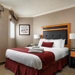 Queen Bed in One Bedroom Suite