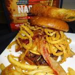 Bacon Bohemith Burger