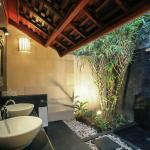 Private Garden Bathroom