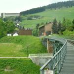 Blick von der Fichtelbergbahn Richtung Hotel