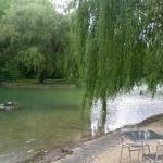 apéritif ou repas en bordure de Lac