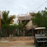 Photo de Villa los Mangles Apartments