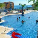 второй басейн и детский басейн Вега Вилилджа в Святом Власе