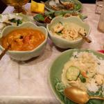 Green curry and mumasan curry