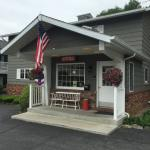Foto de Americas Best Value Inn & Suites Lake George