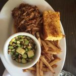Pulled pork with green beans and fries :))
