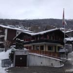 Nice chalet in good condition.