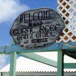 Foto di Coral Reef Bar and Grill