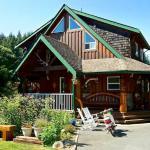 Trailhead Lodge main lodge