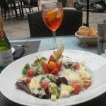 Mixed cheese salad