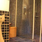 Salle de bain de la chambre d'hôte Lilas