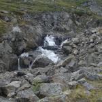 Водопад напротив кемпинга