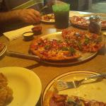 Great pizza and fried mushroom appetizer!