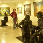 Pinturas y esculturas