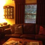Foto de Larelle House Bed & Breakfast