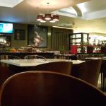 Khusus Suite Room, mendapat fasilitas supper di Lounge