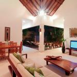 Living Room Villa Jepun