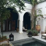 Riad Les Yeux Bleu Courtyard