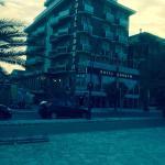 Hotel modesto, ma posizionato vista mare,con anesso lido, ottima impressione