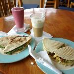 Paninis and smoothie & frappacino
