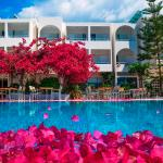 Photo of Kyparissia Beach Hotel