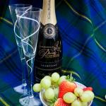 Quintessentially English, Champagne & Strawberries