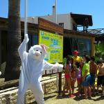 Photo de Onderhan Beach Club