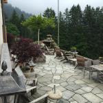 Terrasse mit Cheminé für den Grillend vom Chef